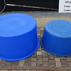 De blauwe bowls zijn binnen: afbeelding 4